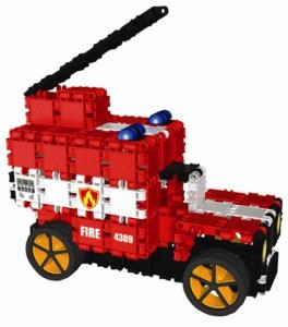 CD004 Large fire truck 2 od CLICS.pl